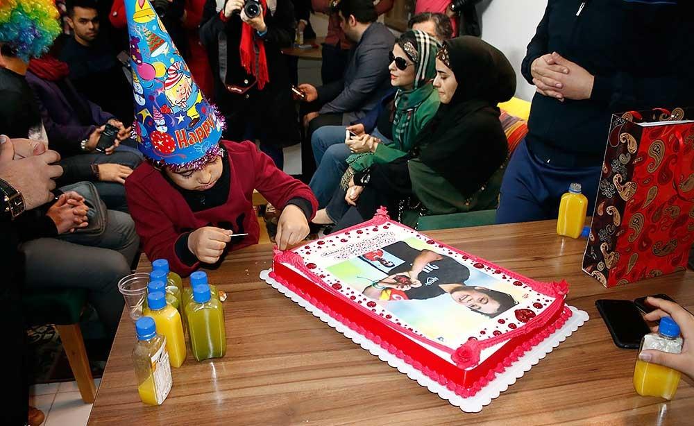 کیک تولد چهره