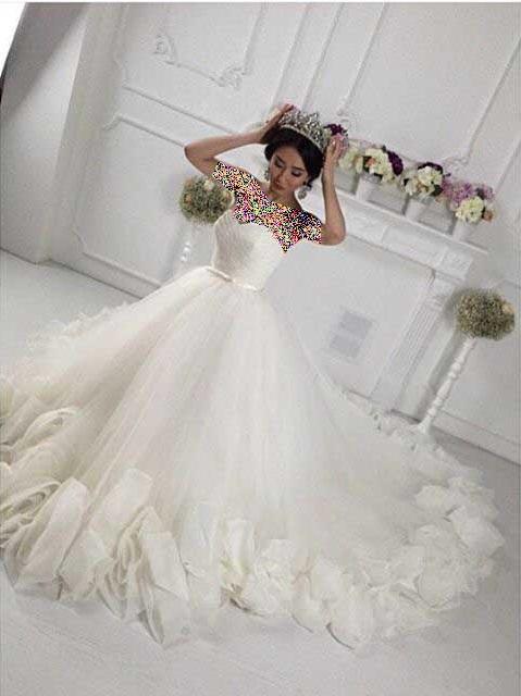 مدل هایی شیک و زیبا از لباس عروس ۹۴