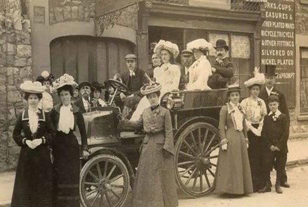 اولین ماشین عروس جهان! + عکس