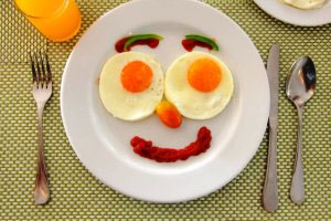صبحانه مثل پادشاه، ناهار مثل شاهزاده، شام مثل گدا؟