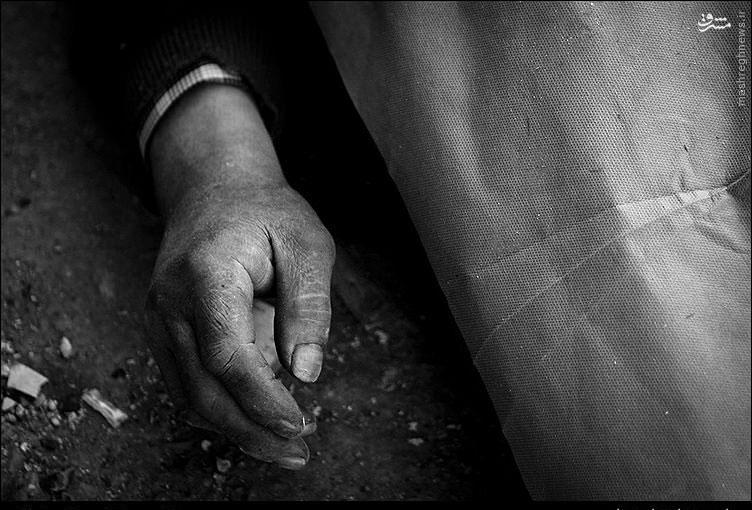 فوت یک کارتن خواب بر اثر سرما در تهران+عکس
