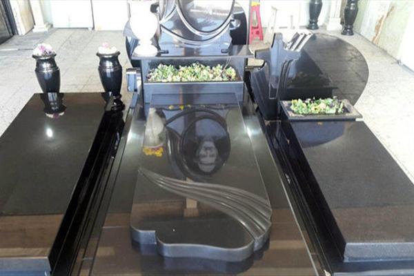 سنگ قبر های لوکس با تصاویر فشن در پایتخت