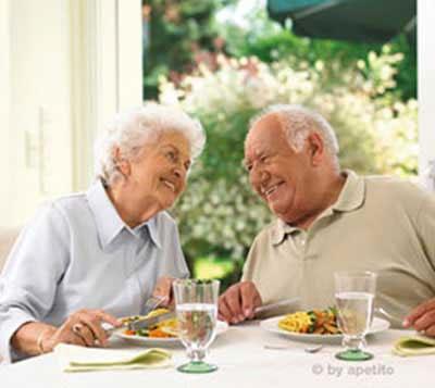 تفریحات مناسب سالمندان