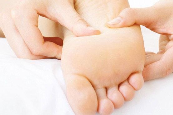 فواید ماساژ دادن پاها