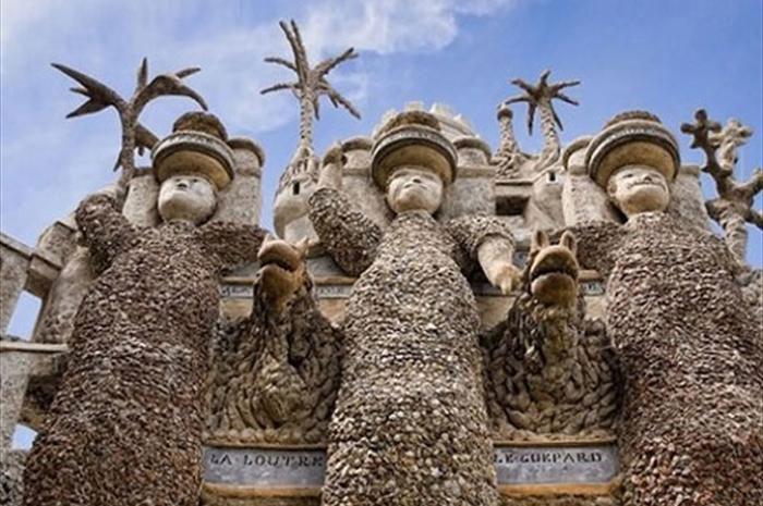 کاخ یک پستچی در فرانسه+عکس