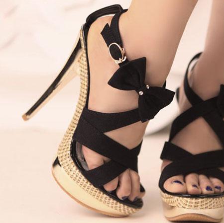 جدیدترین مدل های کفش مجلسی دخترانه ۲۰۱۶