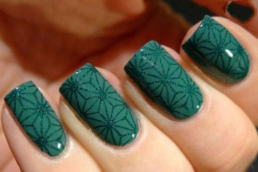 جدیدترین مدل طراحی ناخن با لاک آبی و سبز