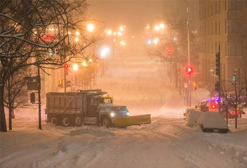 بارش برف سنگین در شرق آمریکا+عکس