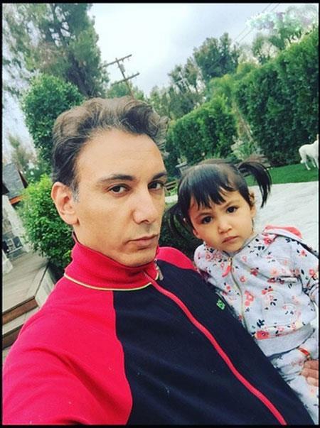 جدیدترین تصاویر شادمهر عقیلی و همسر و دخترش