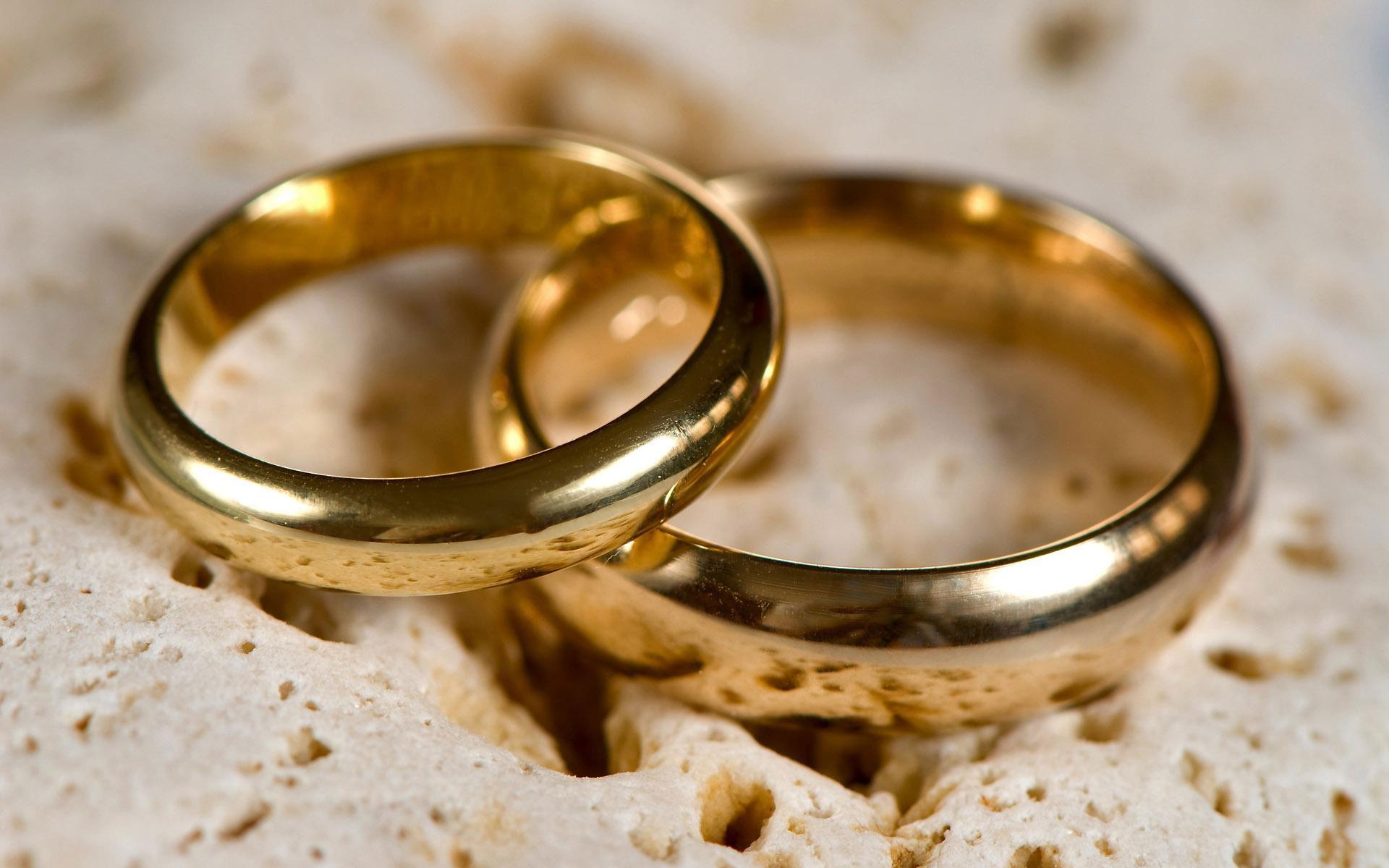 شرایط استفاده جوانان از بیمه ازدواج