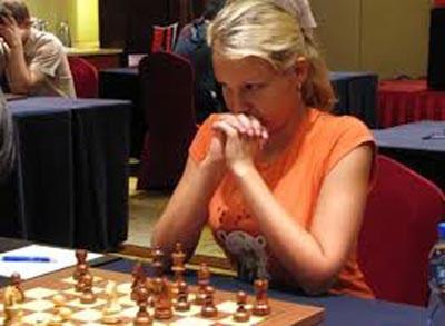 جنجال تجاوز به دختر شطرنج باز روسی در تهران+عکس