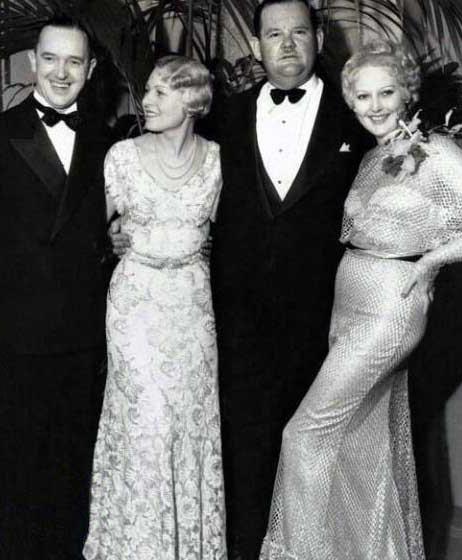 لورل و هاردی در کنار همسرانشان + عکس