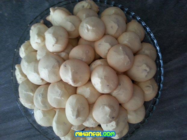 طرز تهیه شیرینی پفکی گردویی مخصوص عید نوروز