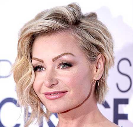 انواع مدل مو زنانه برای خانمهای ۴۰ سال به بالا