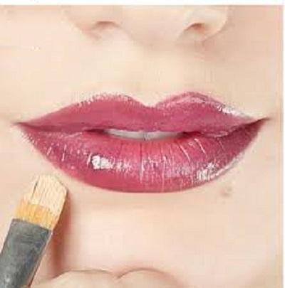 آموزش آرایش لبها به روش ساده و شیک