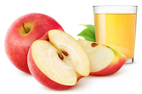موثرترین راه درمان کم آبی کودکان با آب سیب