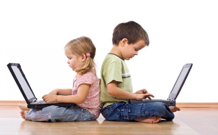 تاثیر استفاده از اینترنت روی نمرات بچه ها