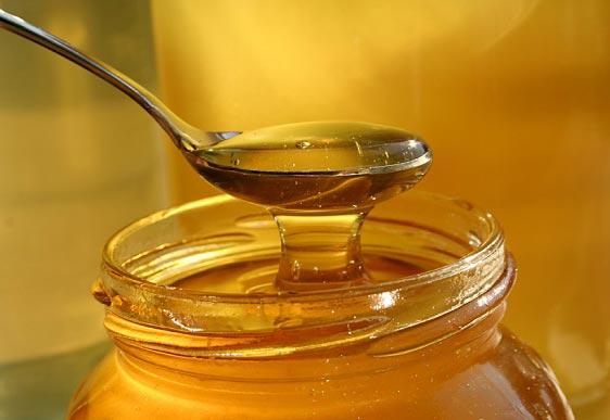 معجزه نوشیدن روزانه آب و عسل