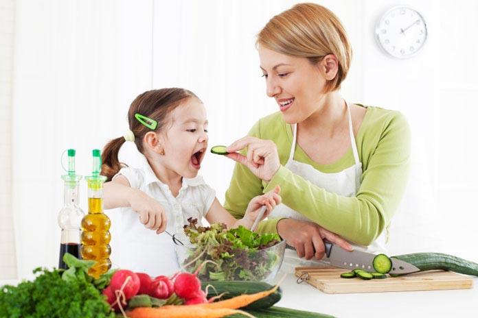 ۱۰ روش برای تشویق کودکان به خوردن سبزیجات