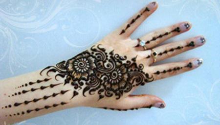 جدیدترین مدل نقش حنا برای عروس خانمها