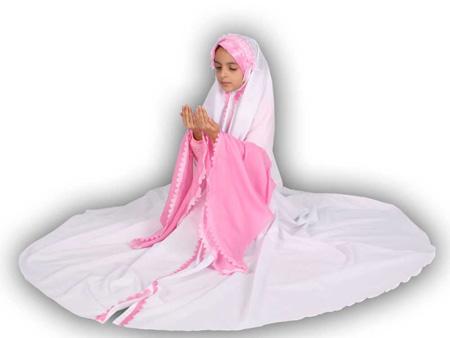 praying-chador4-e2