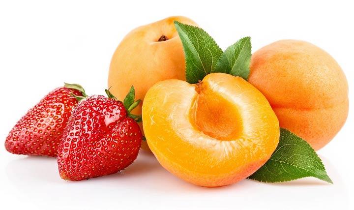 خطر زیاده روی در مصرف توت فرنگی و زردآلو