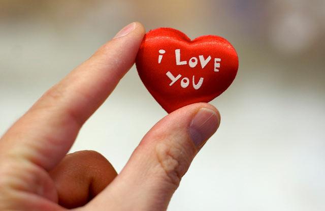 در گفتن دوستت دارم افراط نکنید!