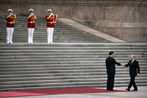 استقبال رییس جمهور چین از همتای روس در پکن