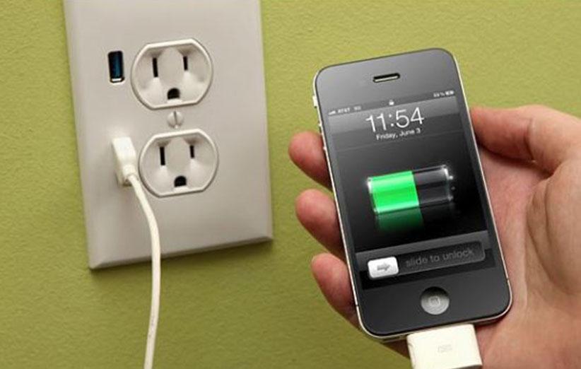 چگونه گوشی آیفون را با دو برابر سرعت شارژ کنیم