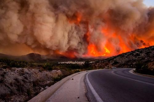 آتش سوزی جنگل – یونان