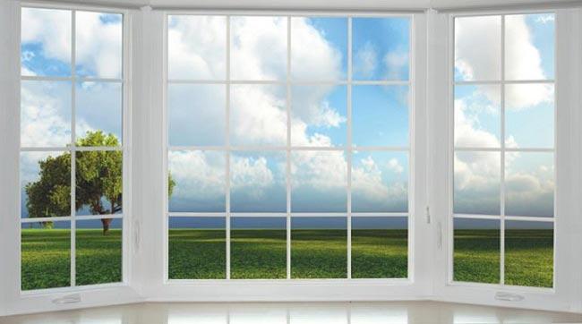 داستانک زیبای خدا پشت پنجره ایستاده