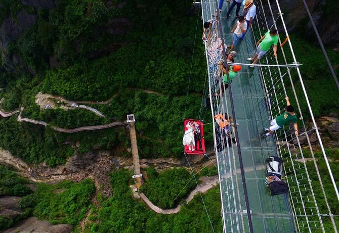 روش دیوانه وار زوج چینی برای ازدواج + عکس