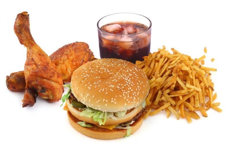 چرا دل کندن از عادت های غذایی خوشمزه و ناسالم سخت است؟