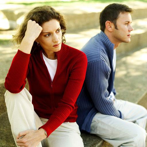 7 اقدام ناشایست که روانشناسان آنها را معادل خیانت به همسر میدانند