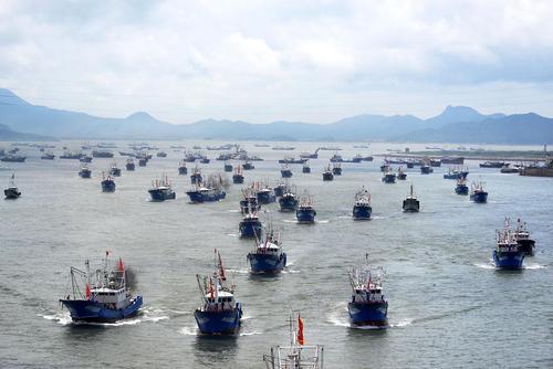 قایق های ماهیگیری در بندر ژوشان چین