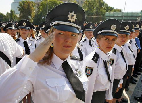 رژه نیروهای پلیس اوکراین در روز پلیس – کی یف