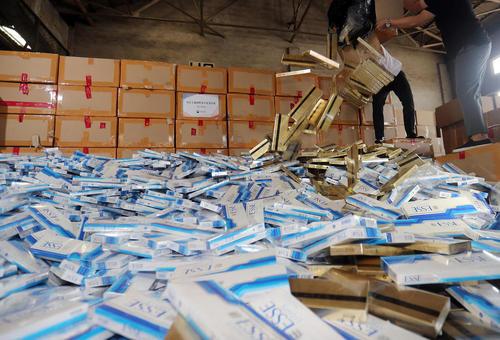 کشف محموله 6 میلیون دلاری سیگار قاچاق کره ای در حال خروج از کشور – شهر بندری بوسان کره جنوبی