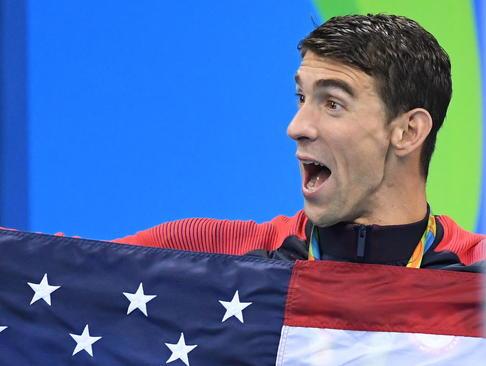 شادمانی مایکل فلپس شناگر افسانه ای آمریکا از کسب بیست و سومین مدال طلای المپیک در طول زندگی ورزشی – المپیک ریو