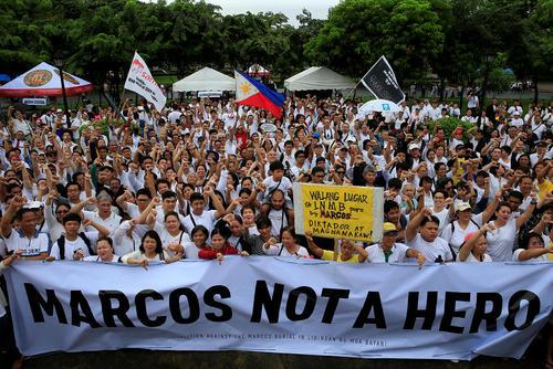 اعتراض فیلیپینی ها به دفن