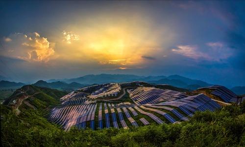 تولید برق خورشیدی – چین