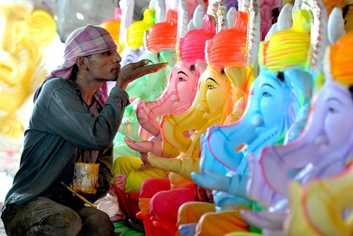 جشنواره خدای گانش در حیدر آباد هند