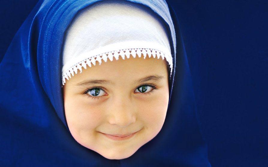 چه موقع دخترم را با حجاب آشنا کنم؟