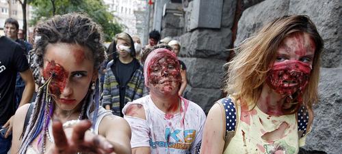 راهپیمایی زامبی ها در شهر کی یف اوکراین