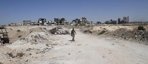 یک نیروی ارتش سوریه در شهر حلب