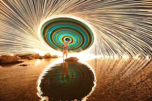 آتش بازی در ساحل کورونادو در کالیفرنیا آمریکا