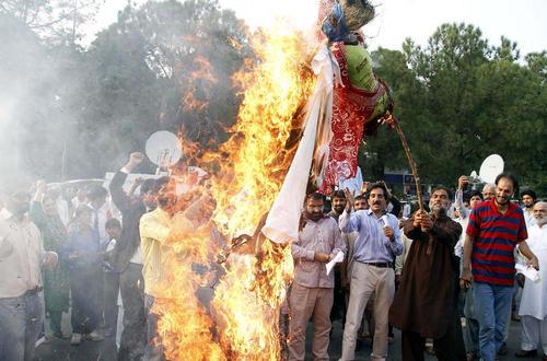 تظاهرات در محکومیت خشونت پلیس هند در سرکوب مسلمانان در کشمیر – اسلام آباد پاکستان