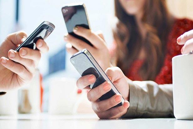 خطرات استفاده زیاد از موبایل