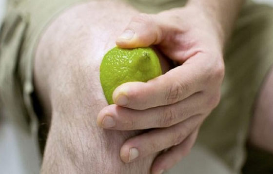 با این روش به آسانی از تیرگی روی زانوهایتان خلاص شوید