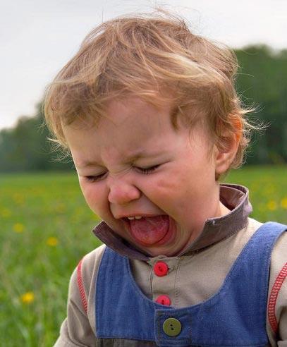 چرا اول صبح دهانمان بدمزه است؟