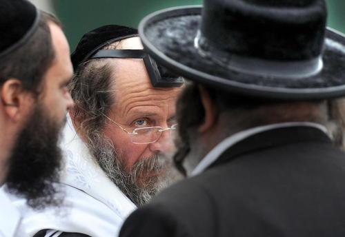 یهودیان حصیدی در مراسم گرامی داشت